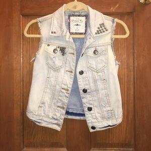 Light wash studded cropped jean vest